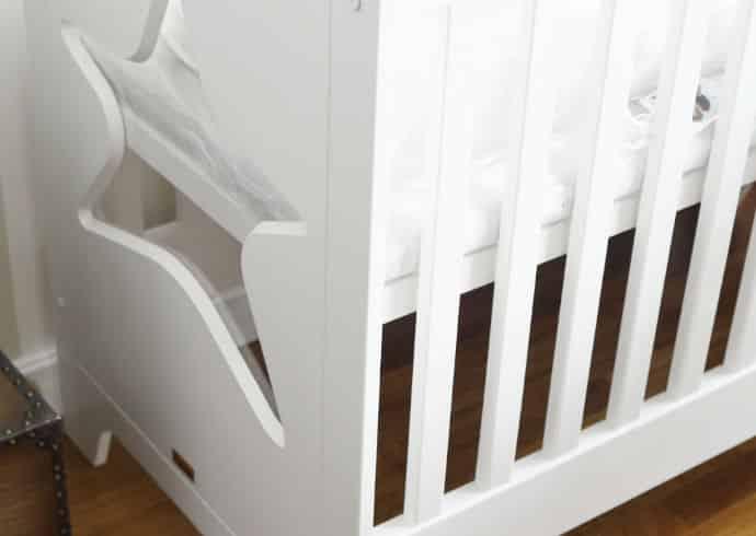Tämän vauvan sängyn valitsimme