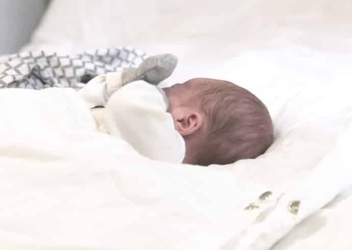 baby-wallaby-ensipeitto-vauvan-unenlaatu-ja-nukkuminen-5