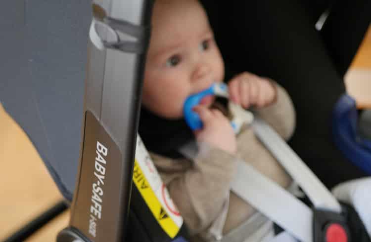 britax baby safe 2 turvakaukalo