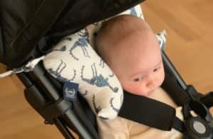 vauva matkustus tyyny