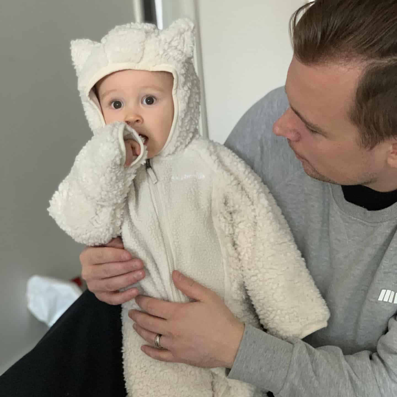 vauvan talvipukeutuminen haalari